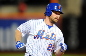 09/23/15 Atlanta Braves  vs  N.Y.Mets  at  Citifield  Queens  N.Y.  New York Mets second baseman Daniel Murphy #28  hits a solo homer in the 1st innning   photos  by sportsdaywire